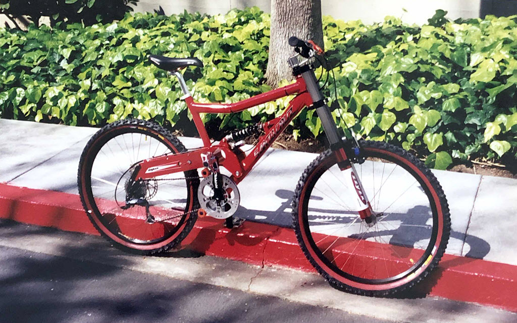 my mountain bike Santa Cruz Super 8 2000